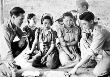 Captured_comfort_women_in_Myitkyina_on_August_14_in_1944